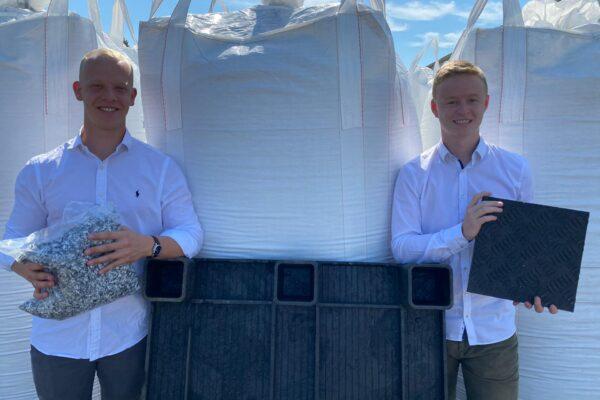 Afval wordt grondstof voor kunststof rijplaten