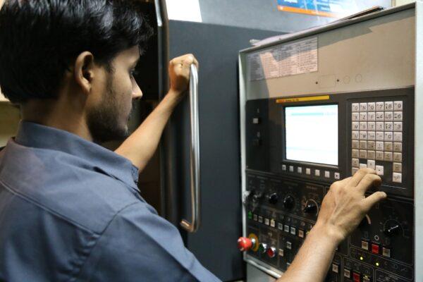 VDW: coronacrisis blokkeert orders machinebouwers