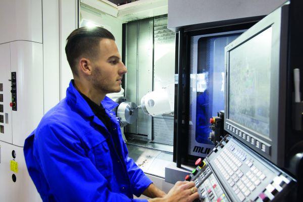 Multitasking machine voor diversiteit aan werkstukken