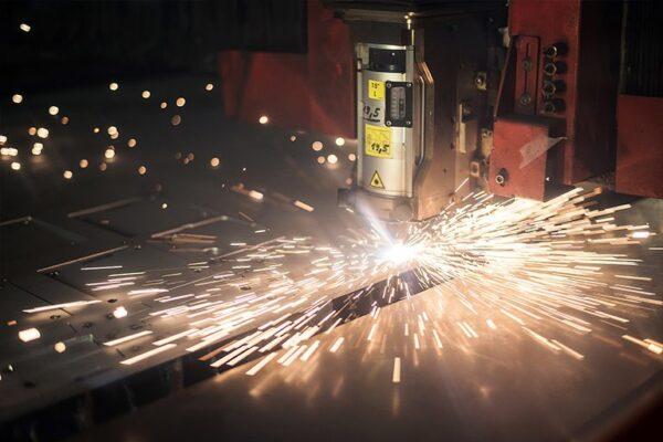 Dumaco levert 1900 RVS explosiewanden voor InterDam
