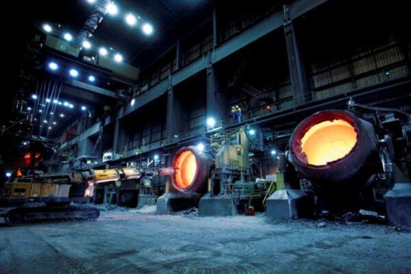 Hoe komt het dat staal zoveel duurder is geworden?