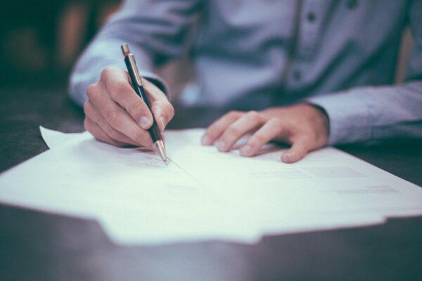 Petitie personeel Tata Steel voor behoud staalproductie IJmuiden