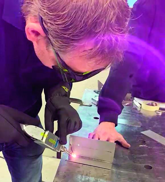 Neem veiligheid bij handmatig laserlassen serieus