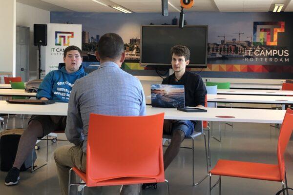 Rotterdamse studenten helpen mkb digitaliseren