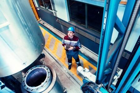 ABN AMRO: tekorten remmen herstel industriële productie