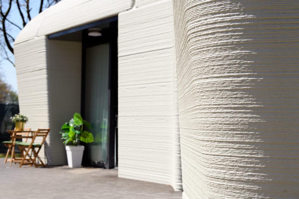 Eerste bewoner voor 3D-geprint huis van beton in Eindhoven