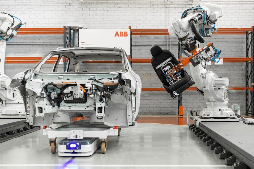 ABB neemt ASTI Mobile Robotics Group over